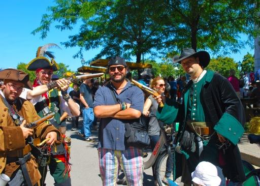 Festivalde Beni Yakalayan Korsanlar